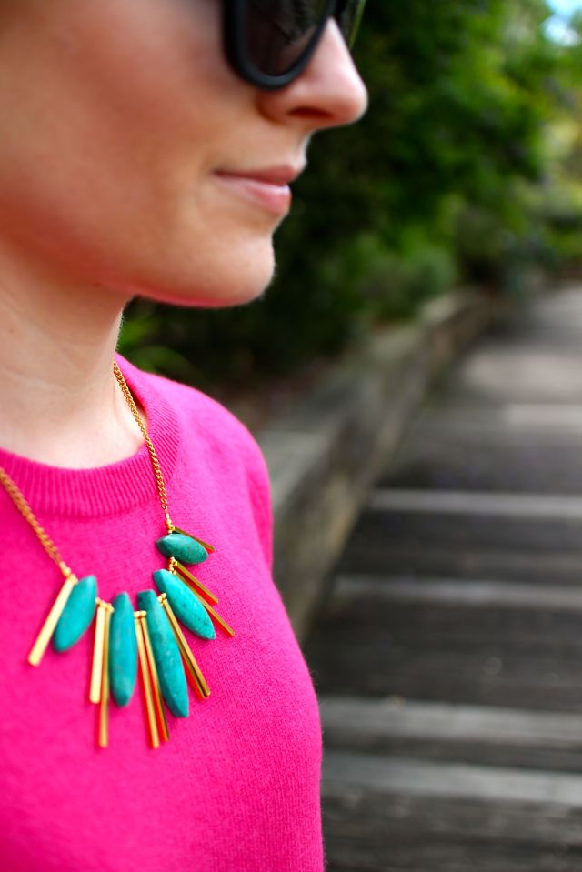 hot pink close necklace