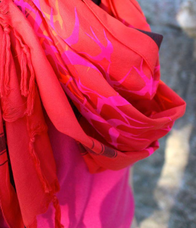 birdie close scarf