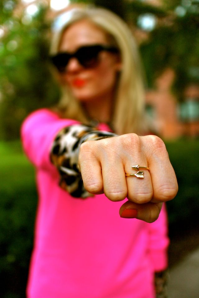 pink leo ring