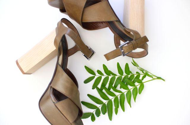 leaf chunky B