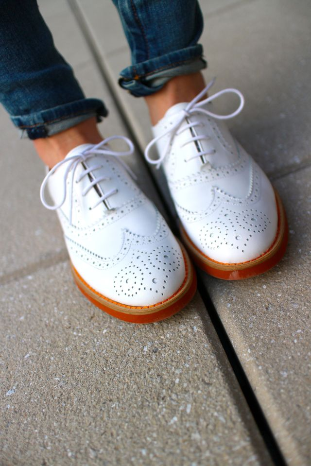 white b shoes