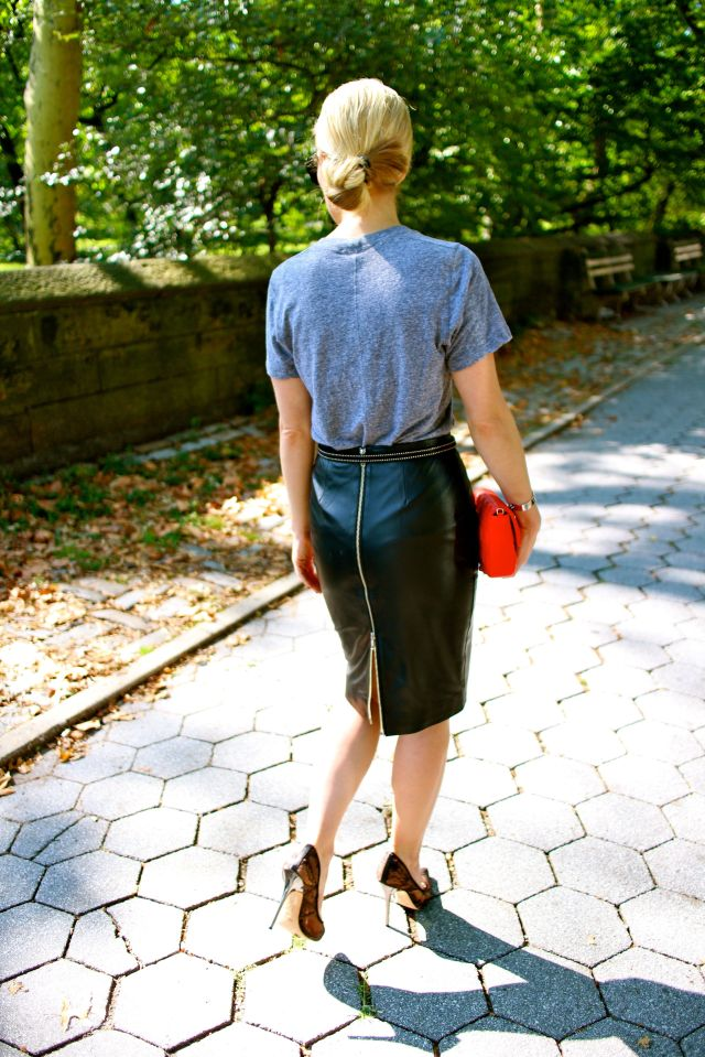zip back walk