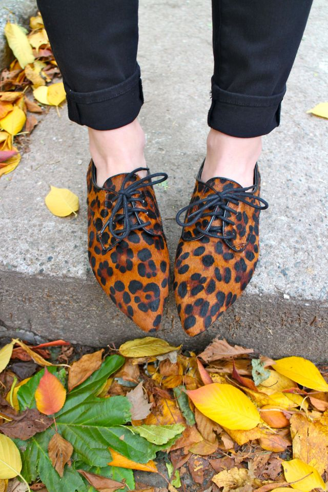 plaid leo shoes