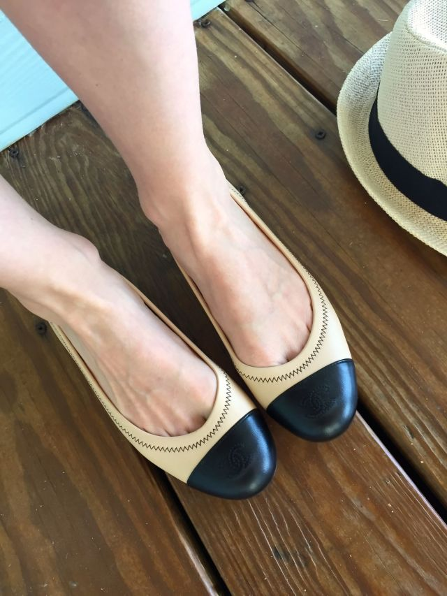 shoulder shoes